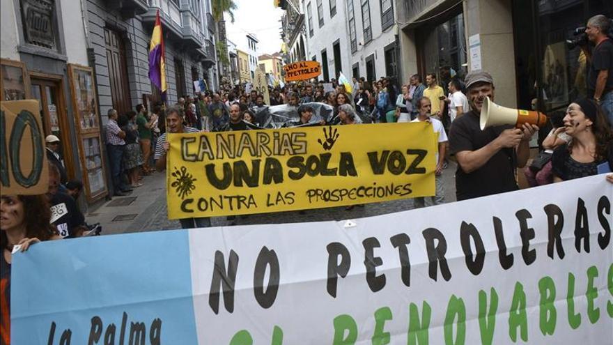 El Constitucional suspende la consulta canaria sobre las prospecciones petrolíferas