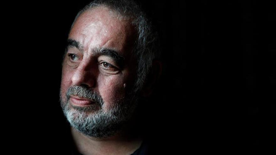 """El francés Philippe Jaenada gana el Femina de Literatura con """"La serpe"""""""