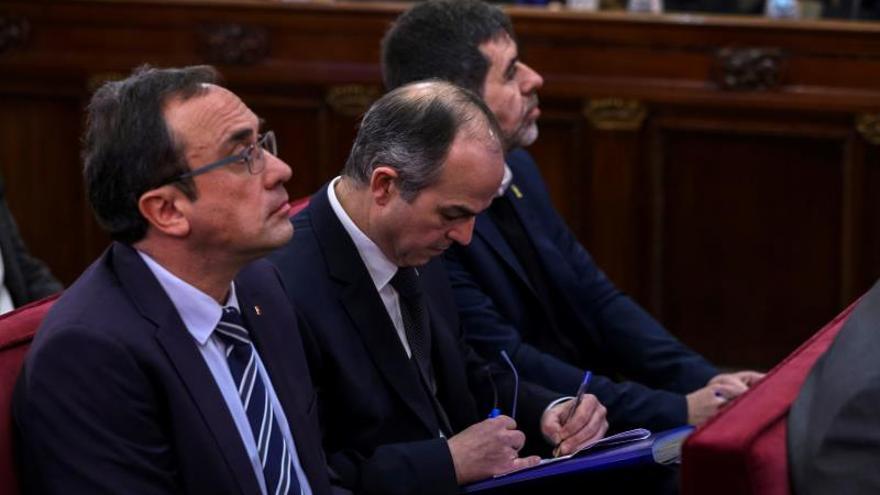 Turull, Rull y Sànchez durante el juicio