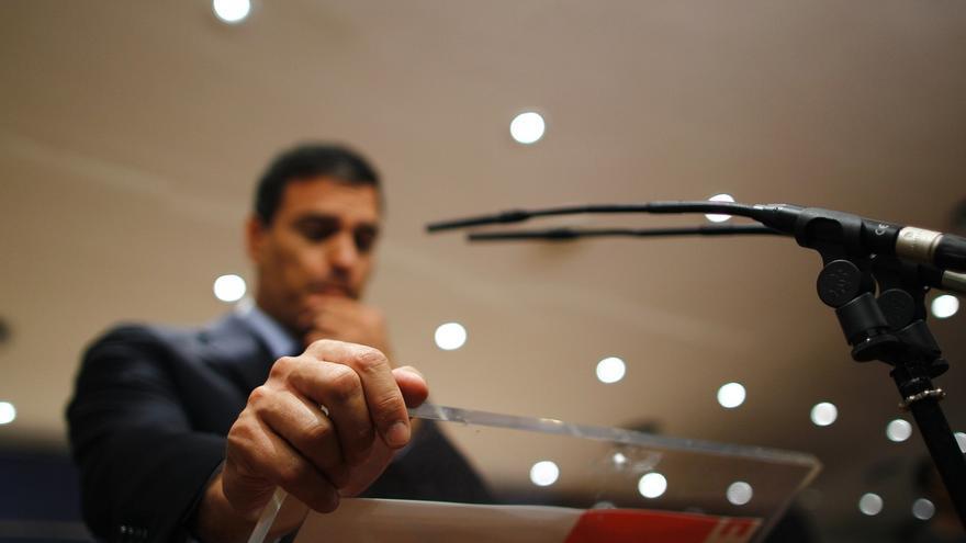Afines a Sánchez le piden que tome ya una decisión sobre su candidatura