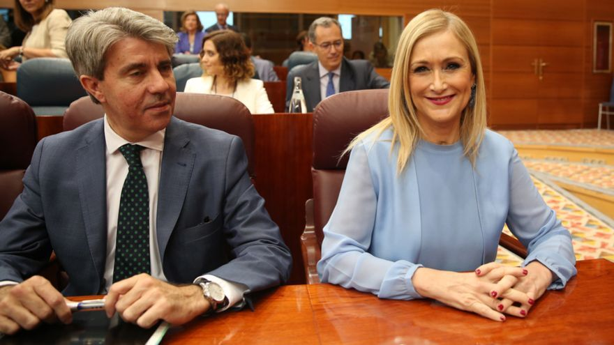 El número dos de Cristina Cifuentes, Ángel Garrido, junto a la presidenta de la Comunidad de Madrid