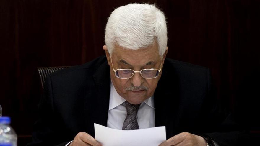 Abás pide a países árabes normalizar relaciones con Israel cuando haya paz