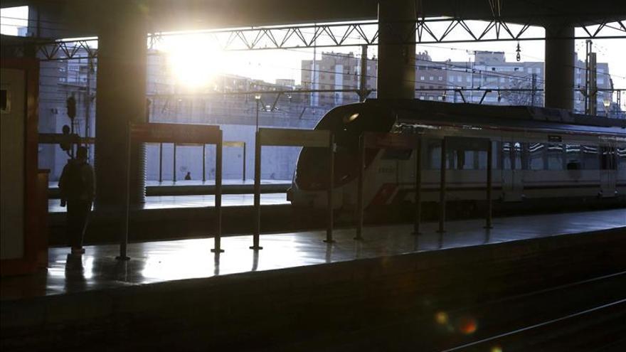 Las estaciones de Atocha, Chamartín y Sants, a un solo clic de ratón
