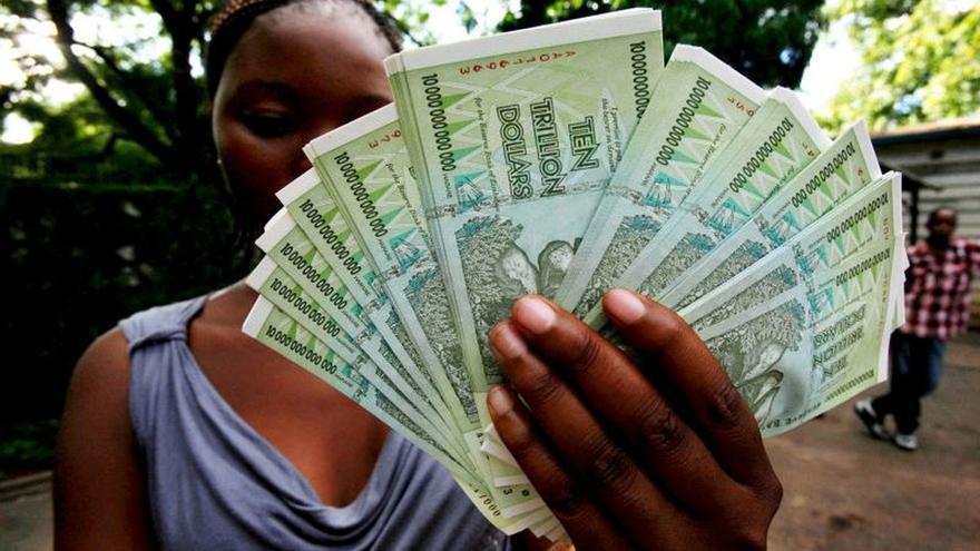 Zimbabue introduce nuevos billetes y monedas para paliar la falta de efectivo