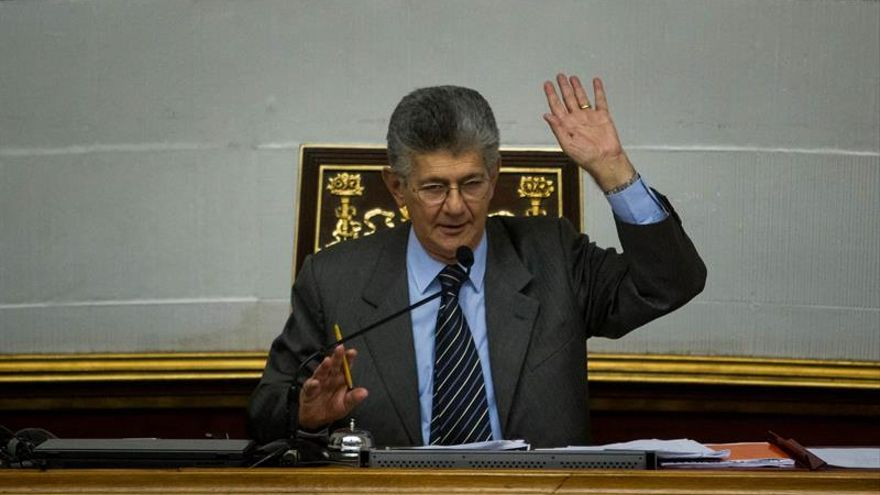 El presidente de Parlamento dice se debe dialogar aunque no haya entendimiento