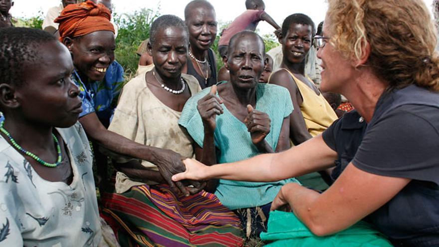 Trabajadora humanitaria. Imagen de equitablementvotre.net