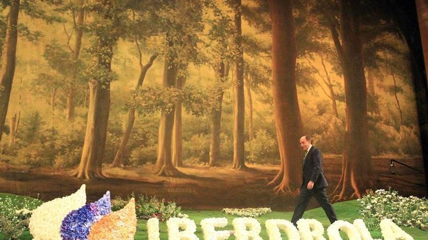 Iberdrola gana 2.041 millones, un 6,4 % más, por la buena marcha de los negocios