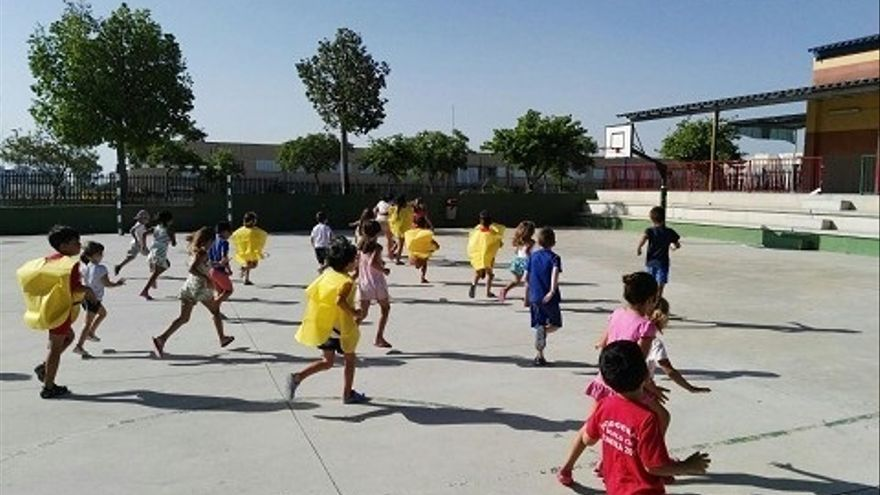 Más de 600 escolares de 55 municipios participan en campamentos durante la Semana Blanca