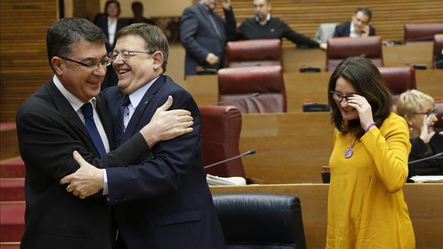 Ximo Puig afirma que el PSOE no debe facilitar la investidura de Rajoy