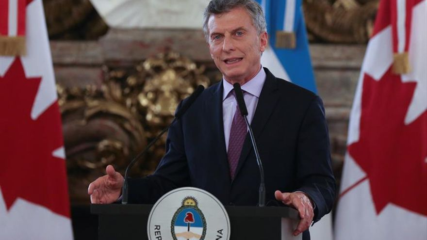 Macri dialoga con comisaria europea sobre reforzar lazos entre UE y Mercosur