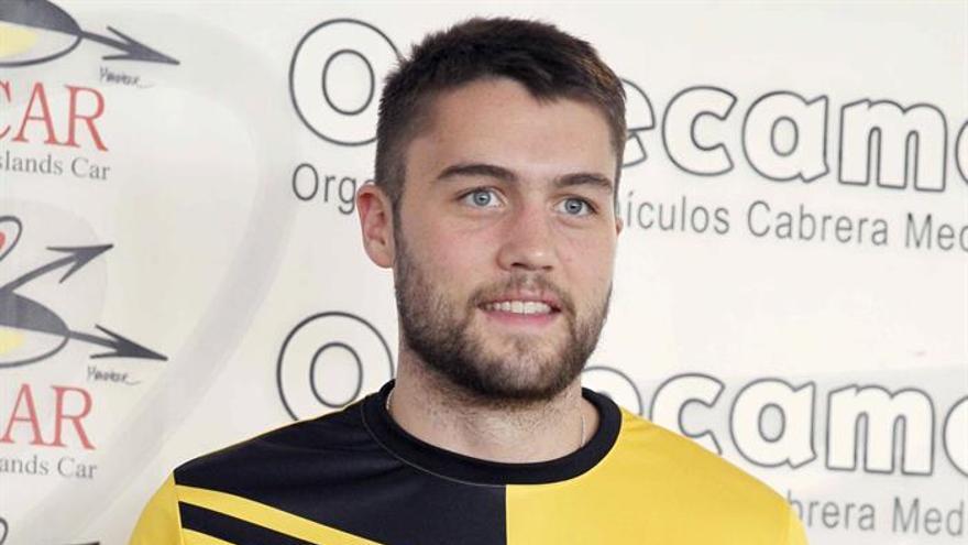 El jugador estadounidense Mike Tobey, nuevo fichaje del club de baloncesto Iberostar Tenerife. EFE/Cristobal García