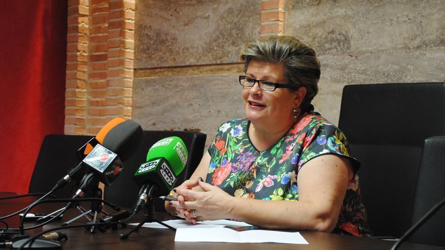 Amparo Crespo, teniente de alcalde de Valdepeñas (Ciudad Real)