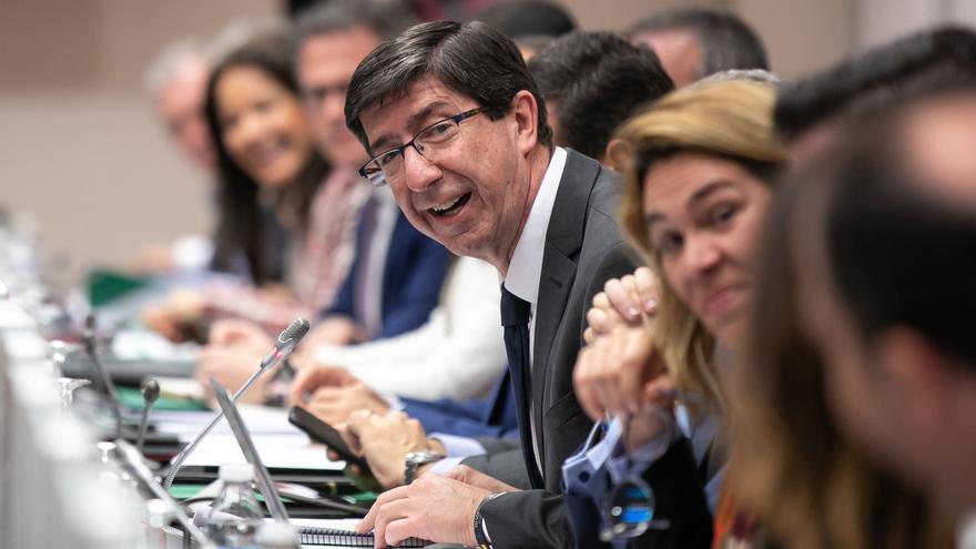 Marín ve con el Consejo Andaluz las estrategias del nuevo Gobierno para que el sector crezca un 3% en el 2019