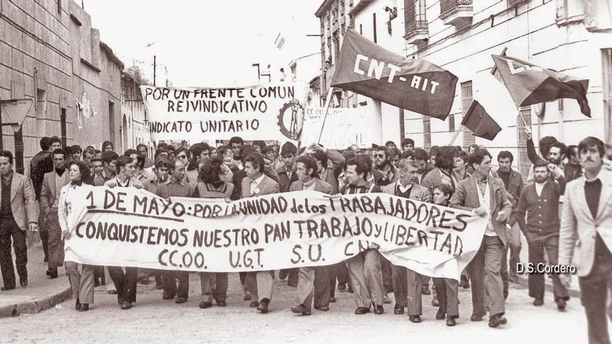 Manifestación en Don Benito en los años 70