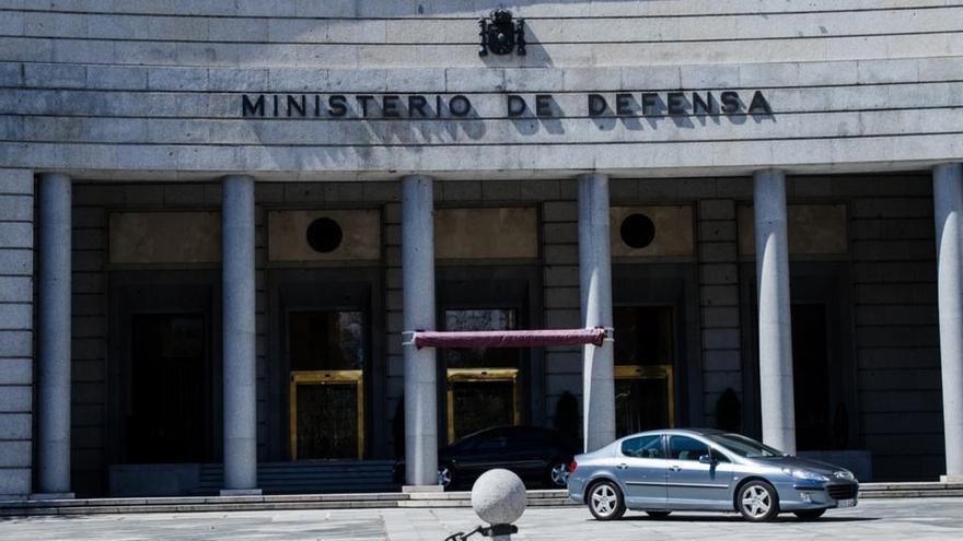 El Ministerio de Defensa contrata servicios de vigilancia de seguridad por 5,8 millones de euros
