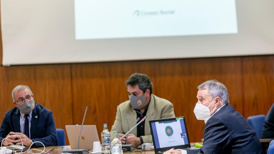 El nuevo modelo de desarrollo propuesto por la ULPGC para Canarias llega a la Cámara de Comercio de Lanzarote y La Graciosa