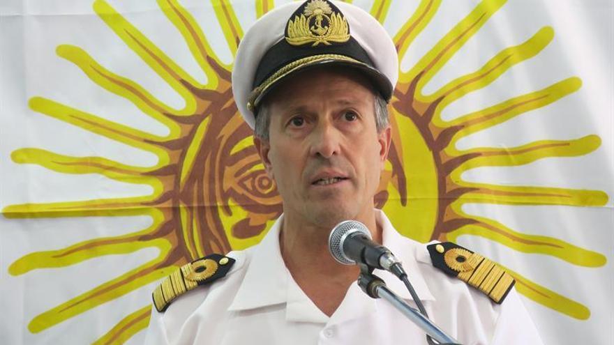 Un buque de Brasil y un avión de Rusia se suman a la búsqueda de submarino argentino