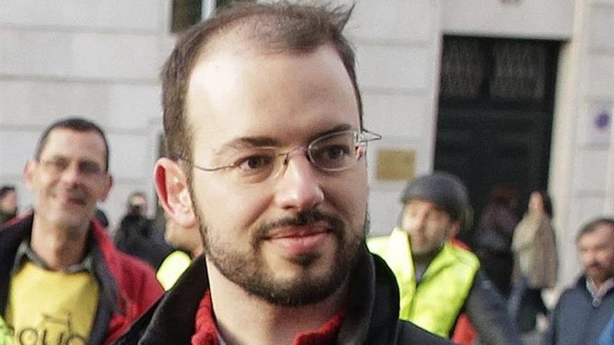 Un exdiputado de Podemos y 7 más, juzgados por agredir a la Guardia Civil en 2012