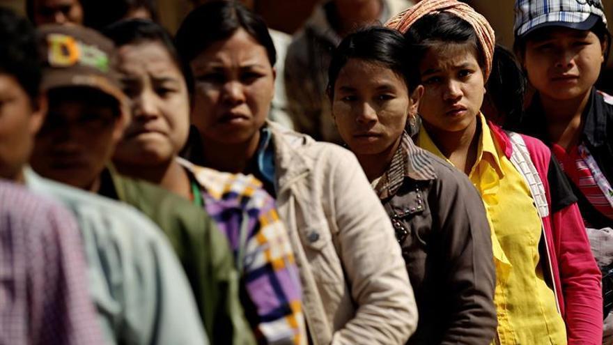 Miles de desplazados en el este de Birmania por combates entre dos guerrillas