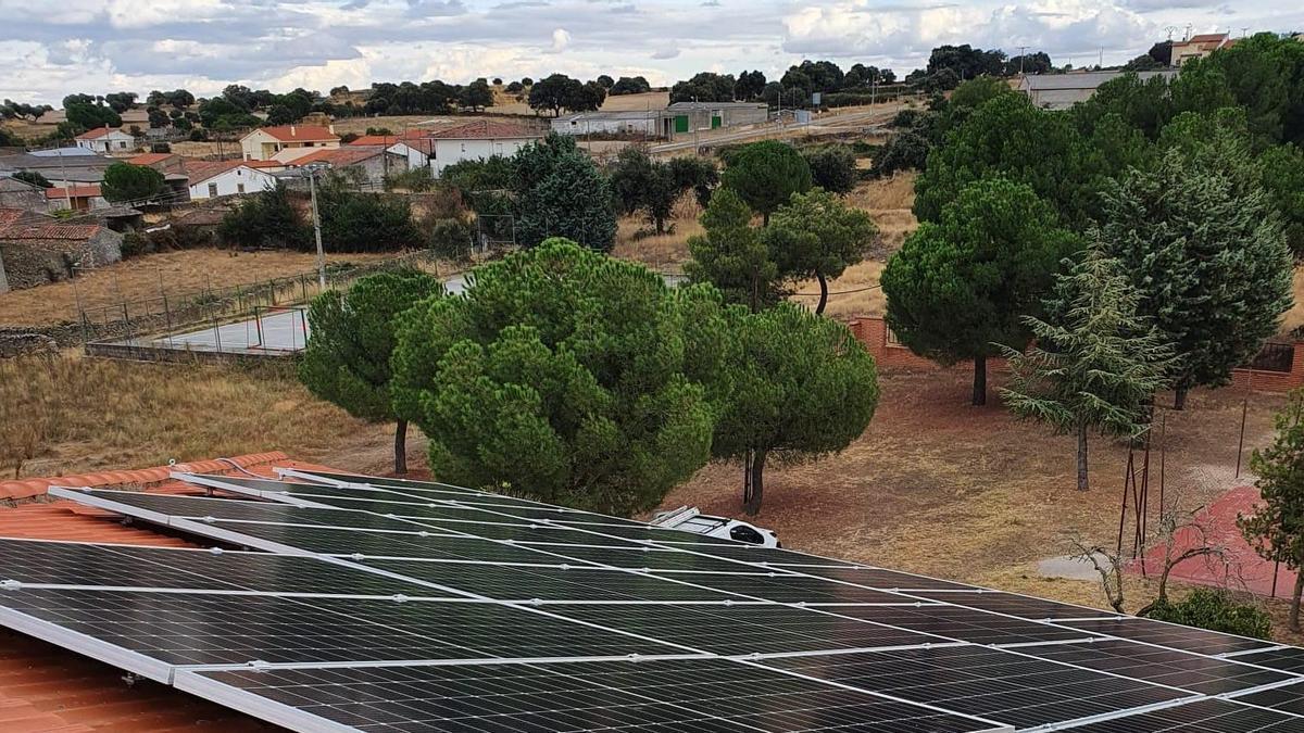 La instalación fotovoltaica de Almeida de Sayago.