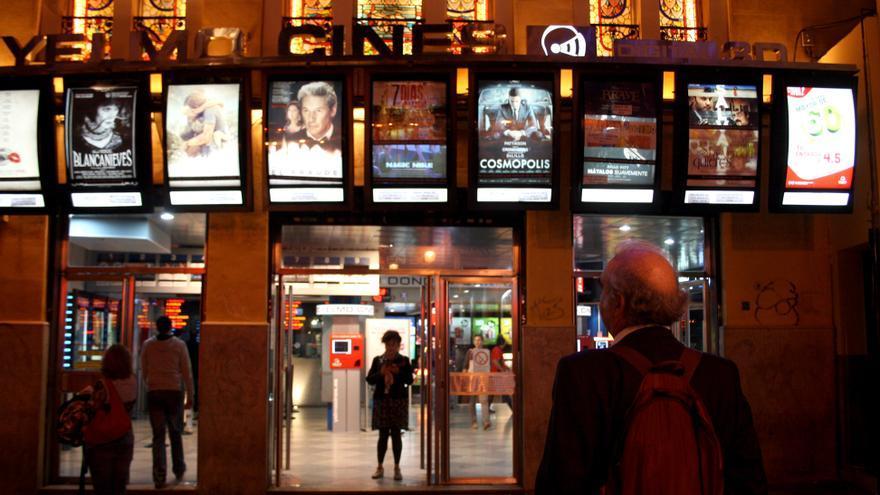 Noche de estreno de películas en los Cines Yelmo Ideal de Madrid. CC-SA Elena Cabrera