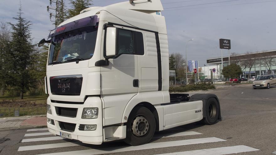Cantabria lidera la caída de matriculaciones de vehículos industriales hasta noviembre