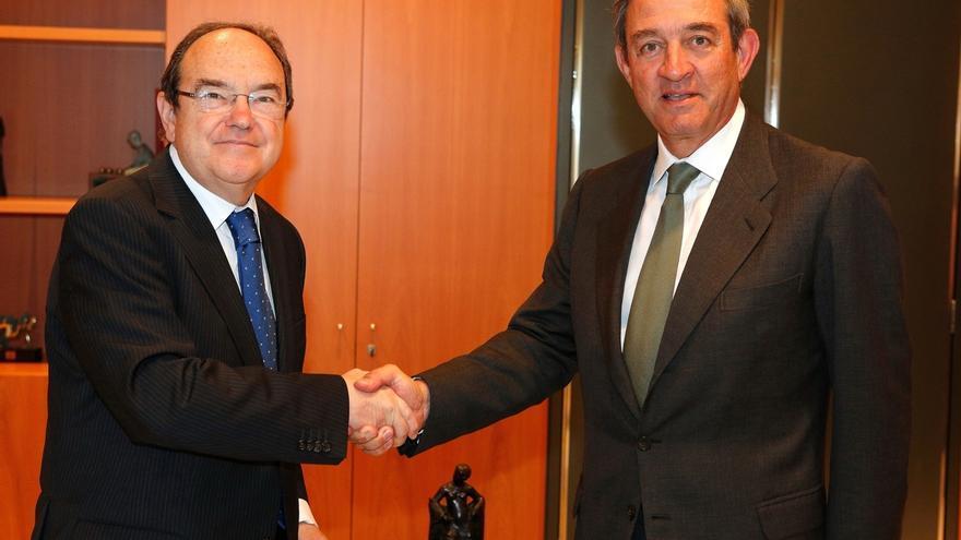 CatalunyaCaixa vende su plataforma inmobiliaria a Blackstone por hasta 40 millones