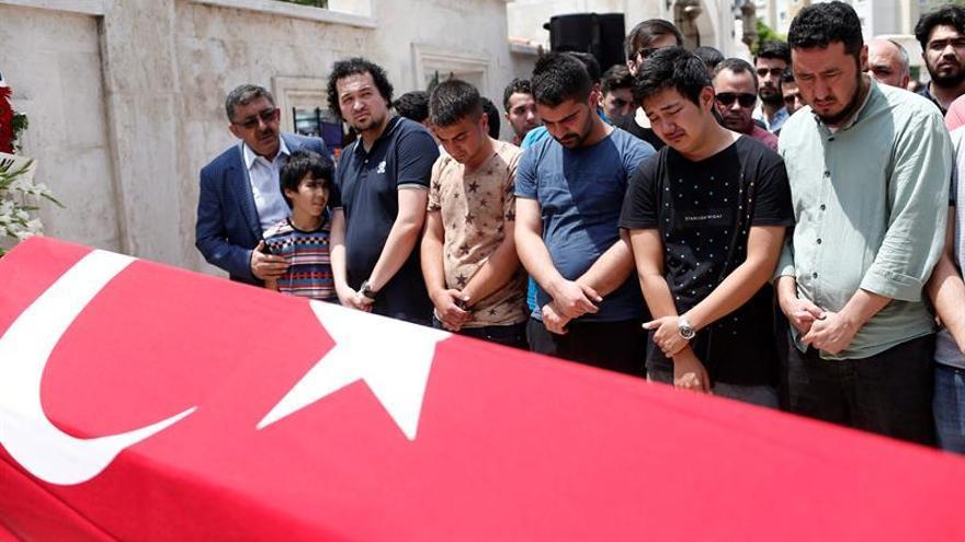 Turquía apunta al Estado Islámico como autor del atentado con 43 muertos
