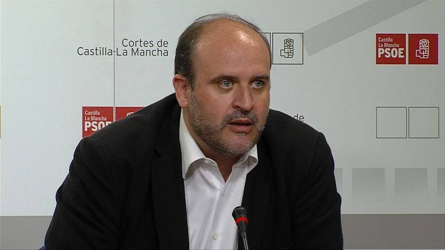 El portavoz del Grupo Socialista, José Luis Martínez Guijarro
