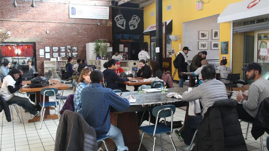 El Bronx, uno de los barrios mas marginales de EE.UU lucha por salir adelante con tecnología