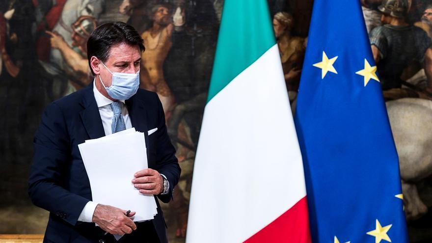 Italia intenta evitar un confinamiento nacional, pero preocupan los hospitales