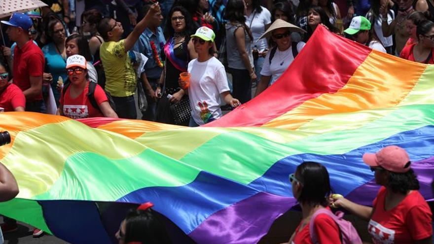 La Plataforma Trans pide a Podemos que no elimine las sanciones de la Ley LGTBI