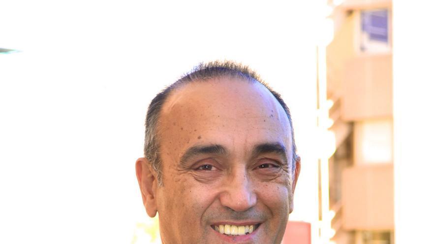 Rafael Laguens, presidente de los veterinarios europeos