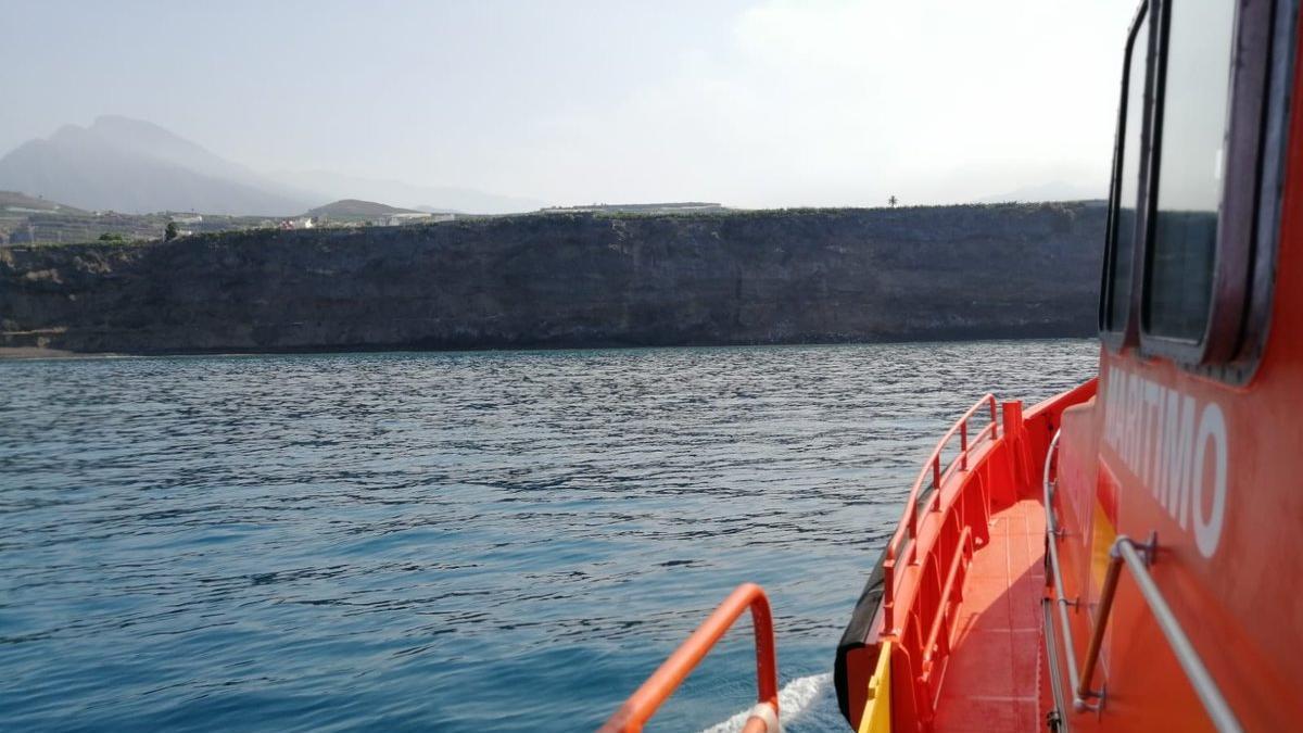 Salvamento Marítimo a la espera de la llegada de la lava