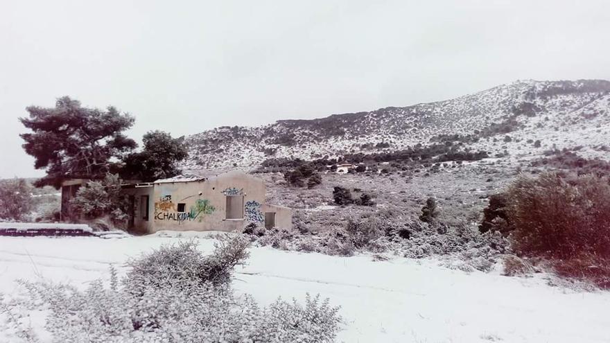 Alrededores del campo de refugiados de Ritsona / Lorena Lorca