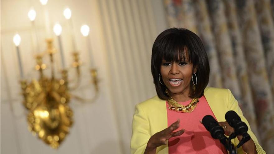 Michelle Obama y Jason Collins recaudan fondos en gala LGBT en Nueva York