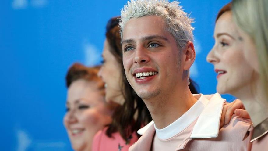 Casanova lleva a la Berlinale su obsesión por el rosa y las deformidades