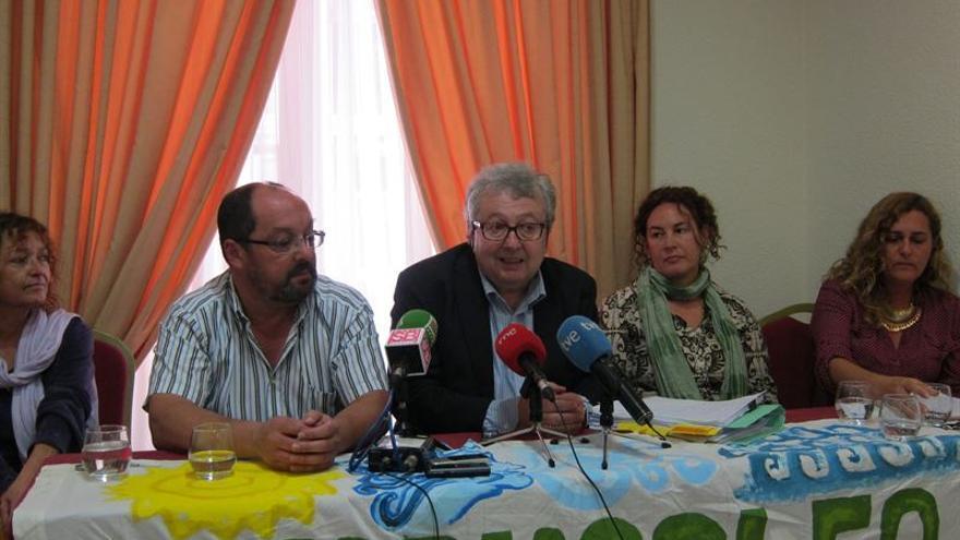 Plataforma ciudadana contra el puerto de Granadilla. (EUROPA PRESS)