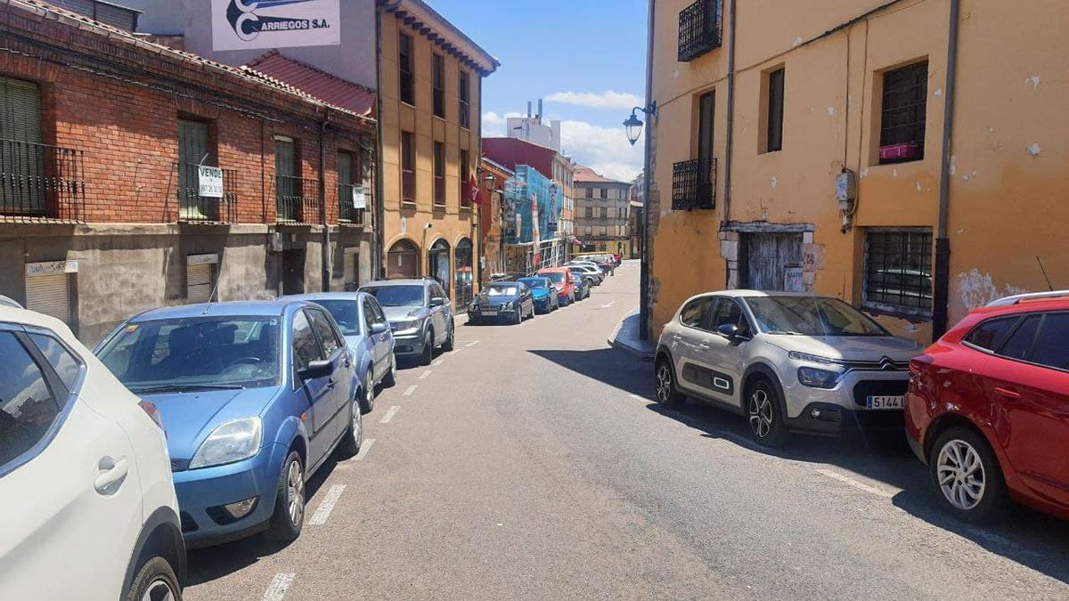 La calle Caño Badillo de León, donde se produjo el ataque homófobo.