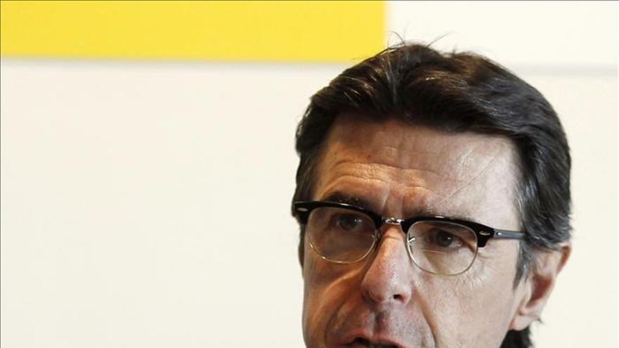 Soria afirma que este año no se generará déficit eléctrico