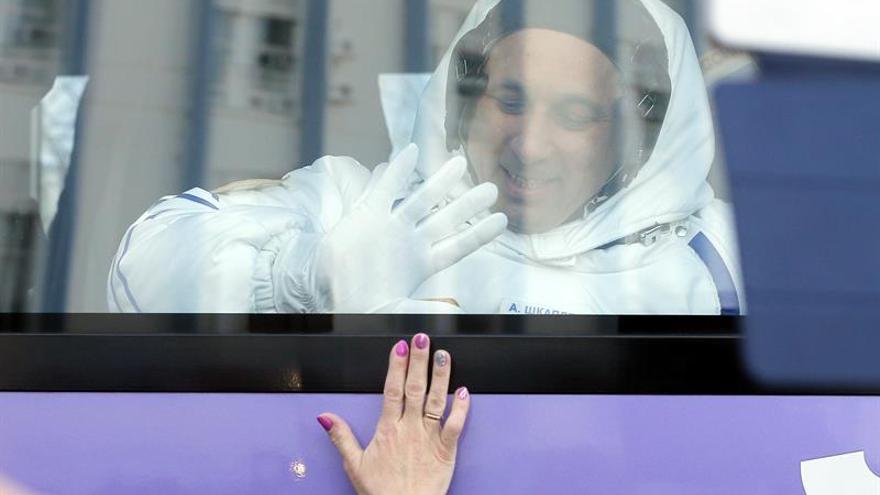 La nave tripulada Soyuz despega rumbo a la Estación Espacial