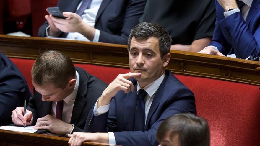 """Ministro francés de Hacienda, investigado por supuesto """"abuso por debilidad"""""""