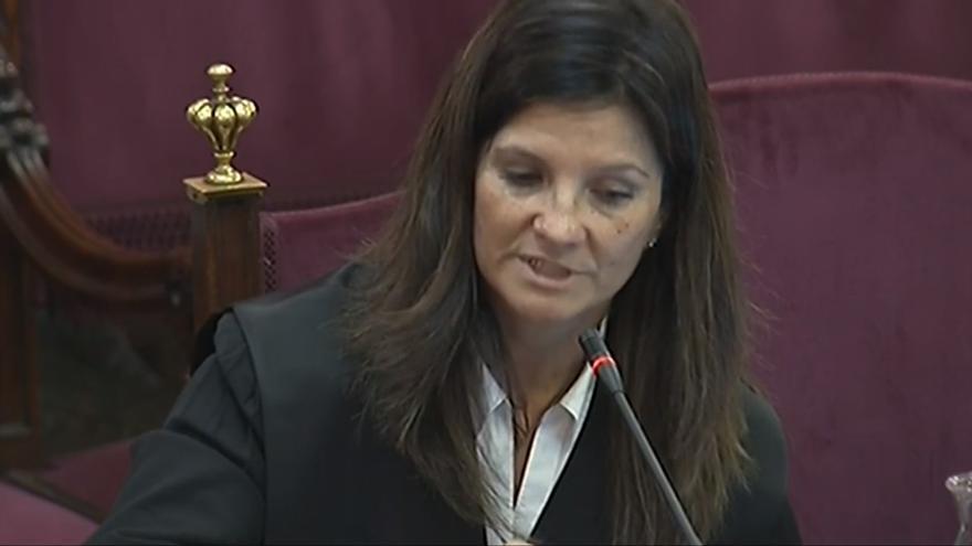 Rosa María Seoane, en el juicio del procés
