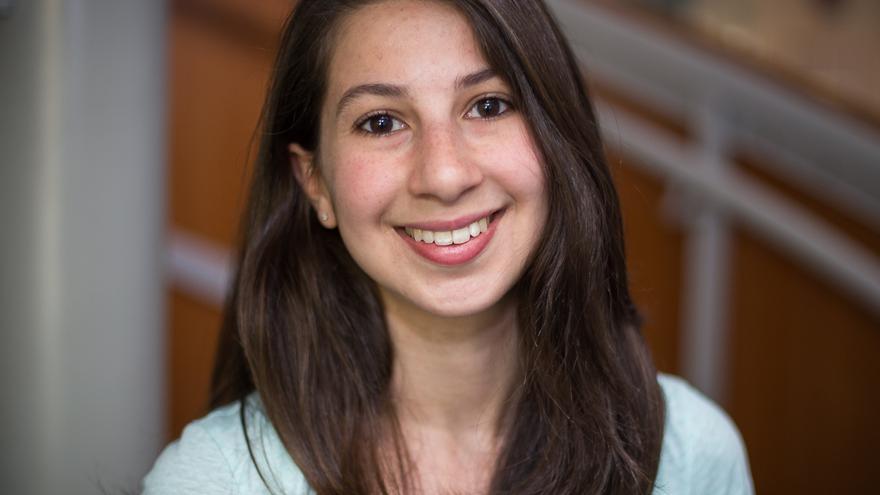 Katie Bouman, profesora del Instituto Tecnológico de California