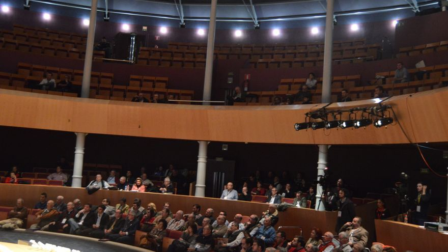 Público en las mesas redondas del Congreso Internacional de Tauromaquia, Albacete, 28/2/15 / Foto: Javier Robla