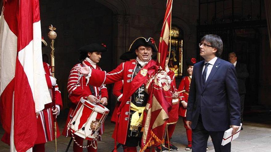 Puigdemont hará una última oferta de referéndum y prevé elecciones en un año