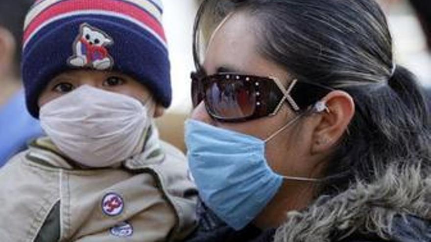 Las autoridades informan de la muerte de 33 personas por gripe A en México