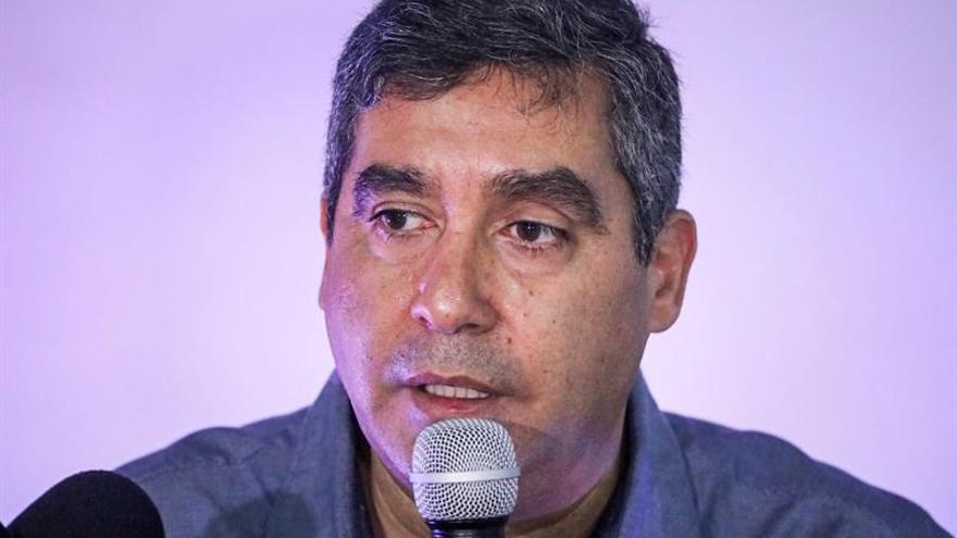 Exministro del Interior venezolano pide a Maduro suspender la Constituyente