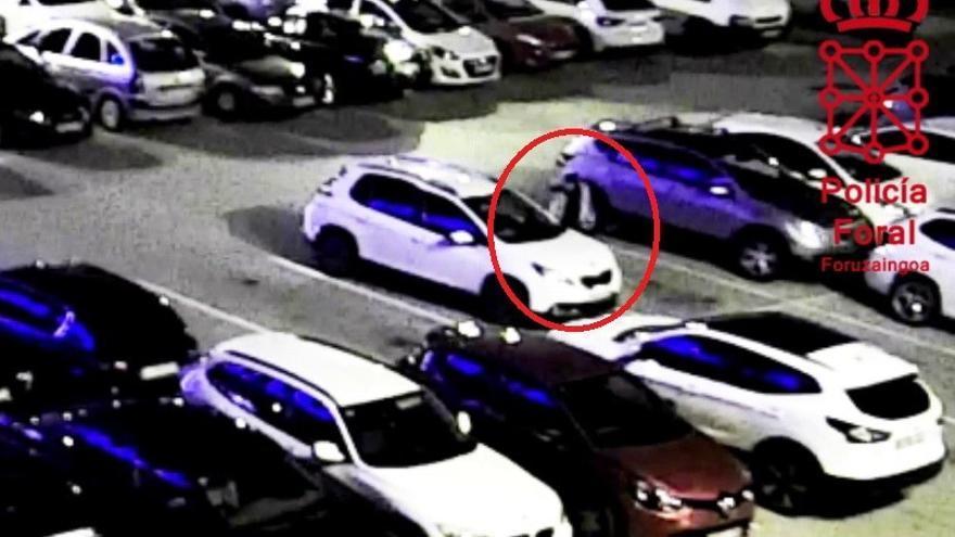 Detenido por rayar un coche tras una discusión en un parking