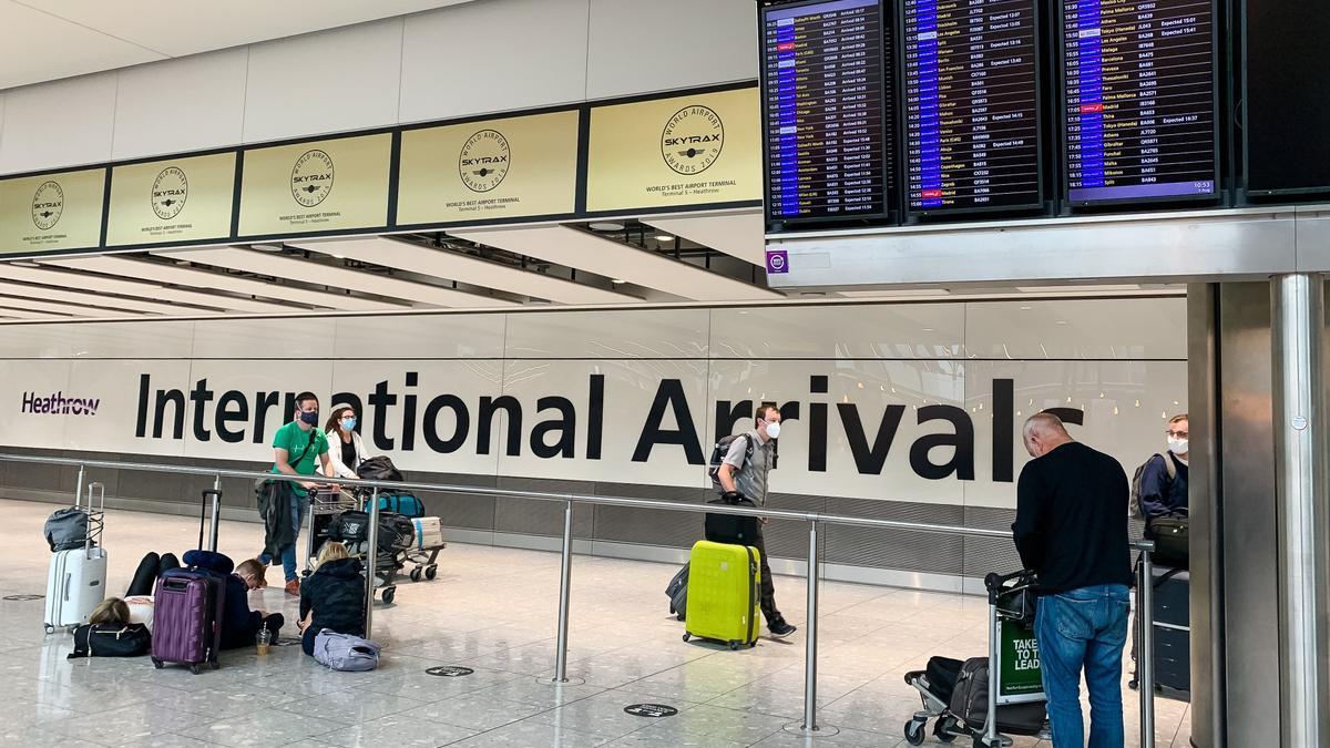 Llegadas en el aeropuerto de Heathrow (Londres).